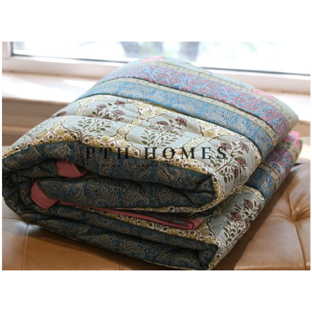 Isfahan Courtyard - Quilted Comforter Set